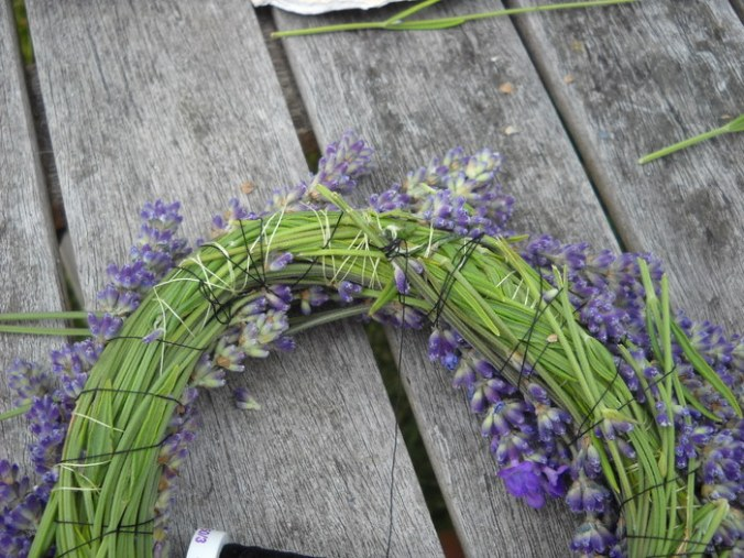 making a lavender wreath tutorial Victoria BC