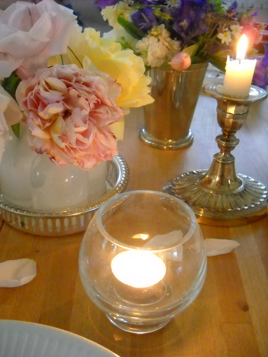 partygreen roses